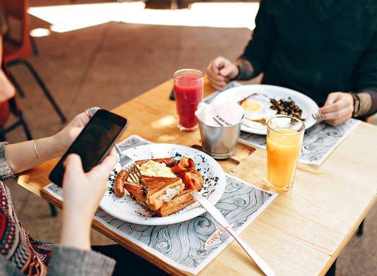 hrana, restoran. rucak
